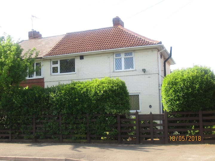 Single bedroom in semi detached house.