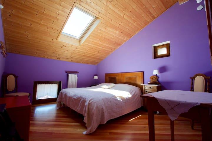 B & B Passaggi - Lavendar Room