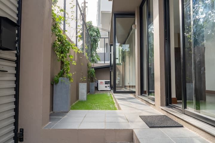 Beautiful trendy property in the heart of Colombo