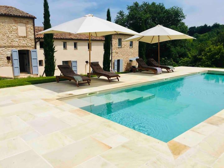 Traumhaftes Landhaus bei Serra De'Conti, Marken