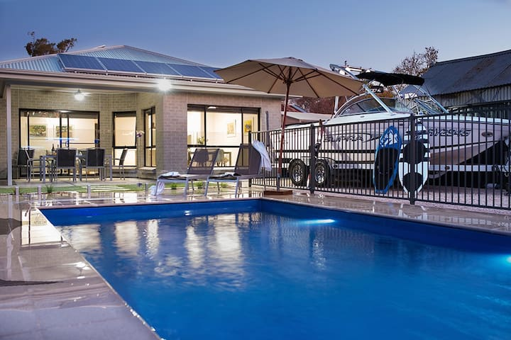 Renmark River Villas (villa 48b with pool)