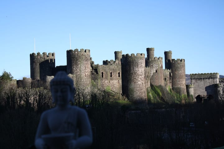 CONWY CASTLE VIEW,