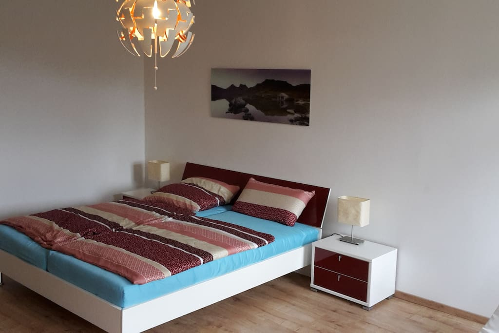 ruhige helle wohnung 66qm mit guter city anbindung service apartments zur miete in leipzig. Black Bedroom Furniture Sets. Home Design Ideas
