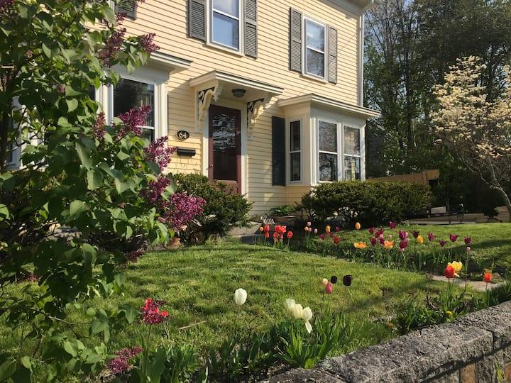 2 Bedroom Family  Suite/Cape Ann Guest House
