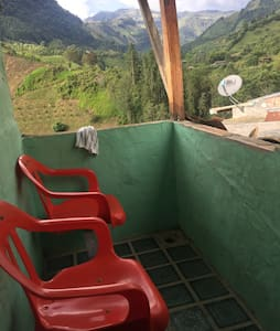 Rustic, Centrally-Located Loft w Jaw Dropping View - Jardín - 公寓