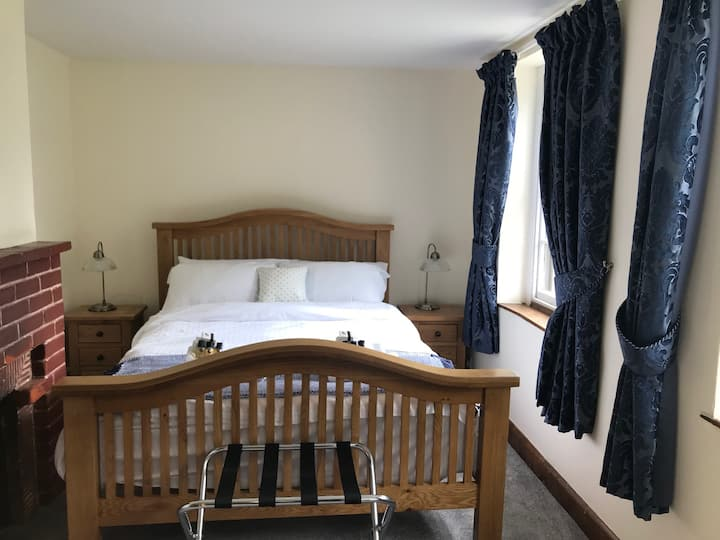 Double Room in gorgeous cottage near Stansted