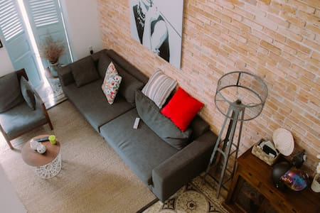 Art Loft in Old French Building /DRAGON NEST 59/ - Ho Chi Minh City