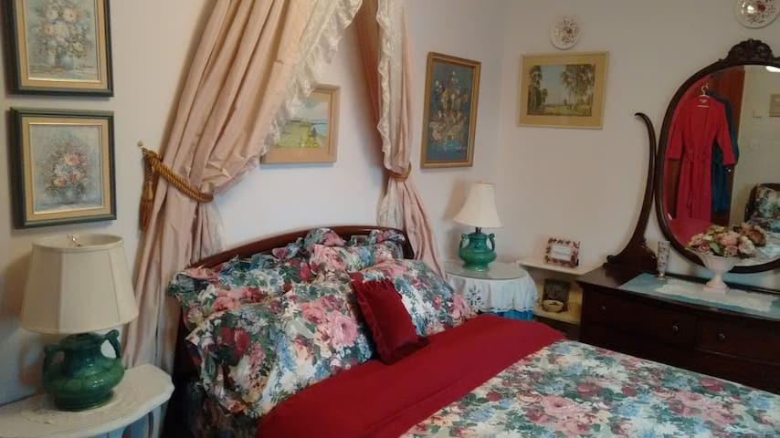 Cosy room in Victorian surroundings - Surrey - Huis
