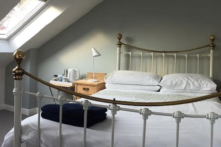 Beautiful double  attic bedroom with en-suite