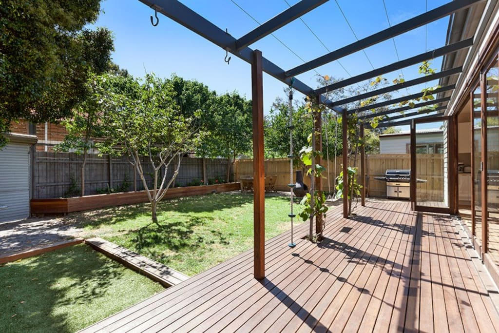 Large family backyard - perfect for kids to play and adults to relax and entertain