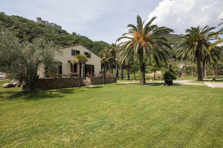 Charming Ligurian Riviera House