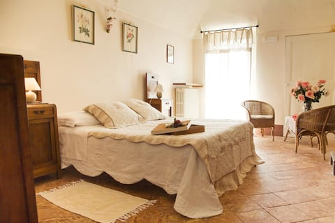 """Family apartment """"Camelie"""" with private balcony"""