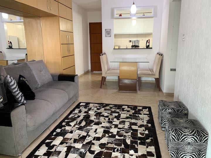 Excelente Apartamento Completo no Centro de VR