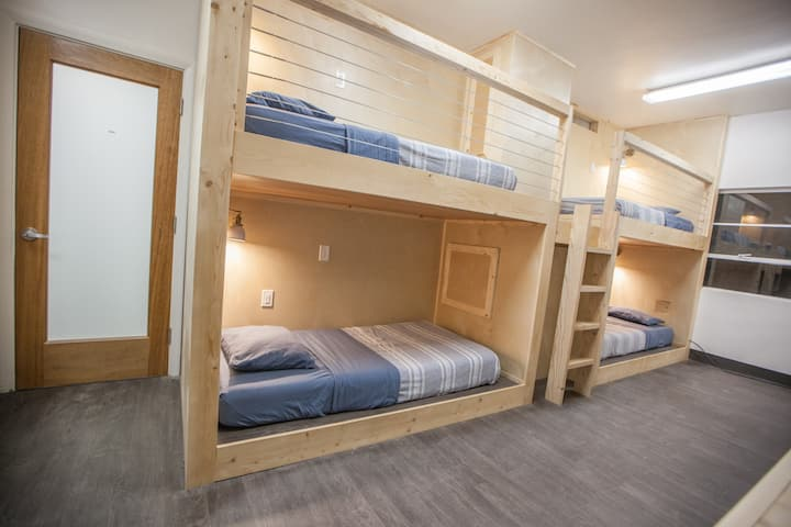 DOUBLE BED (Sleeps 2) in SHARED Dorm near UCLA