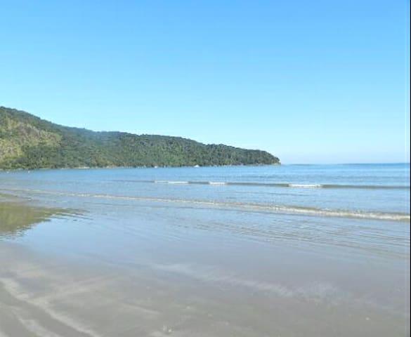 Casa na praia do indaía bertioga