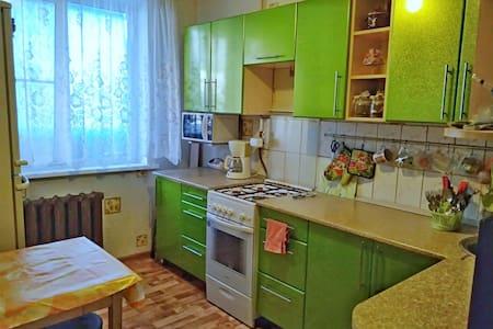 2-х комнатная квартира в г.  Яровое