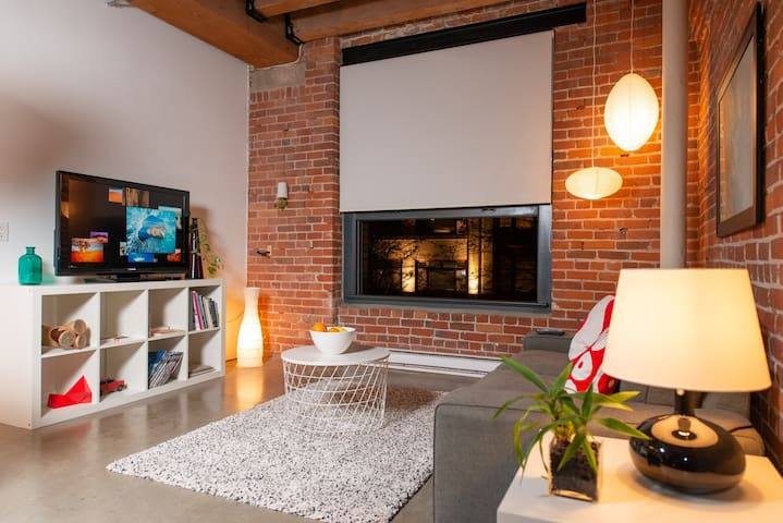 Artist Loft in Historic Gastown