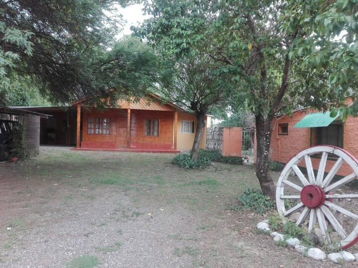 Hermosa Cabaña en Salta ruta dique Cabra Corral