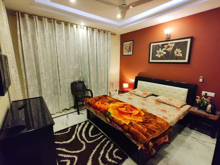 Perfect Room 78 (Airport Road)