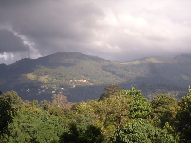 Mountain View Bungalow In Kandy - Peradeniya - Ev