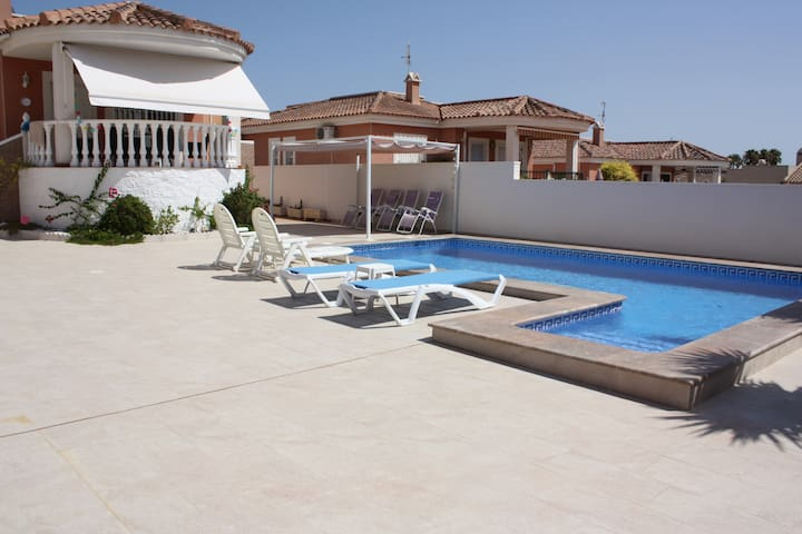 Detached Villa with private saltwater pool - San Fulgencio - Rumah