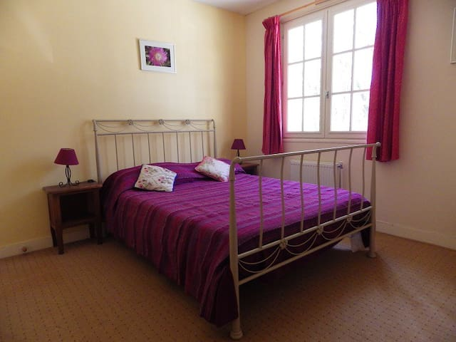 La Pierre Plantee - Double Bedroom - Baladou - Bed & Breakfast