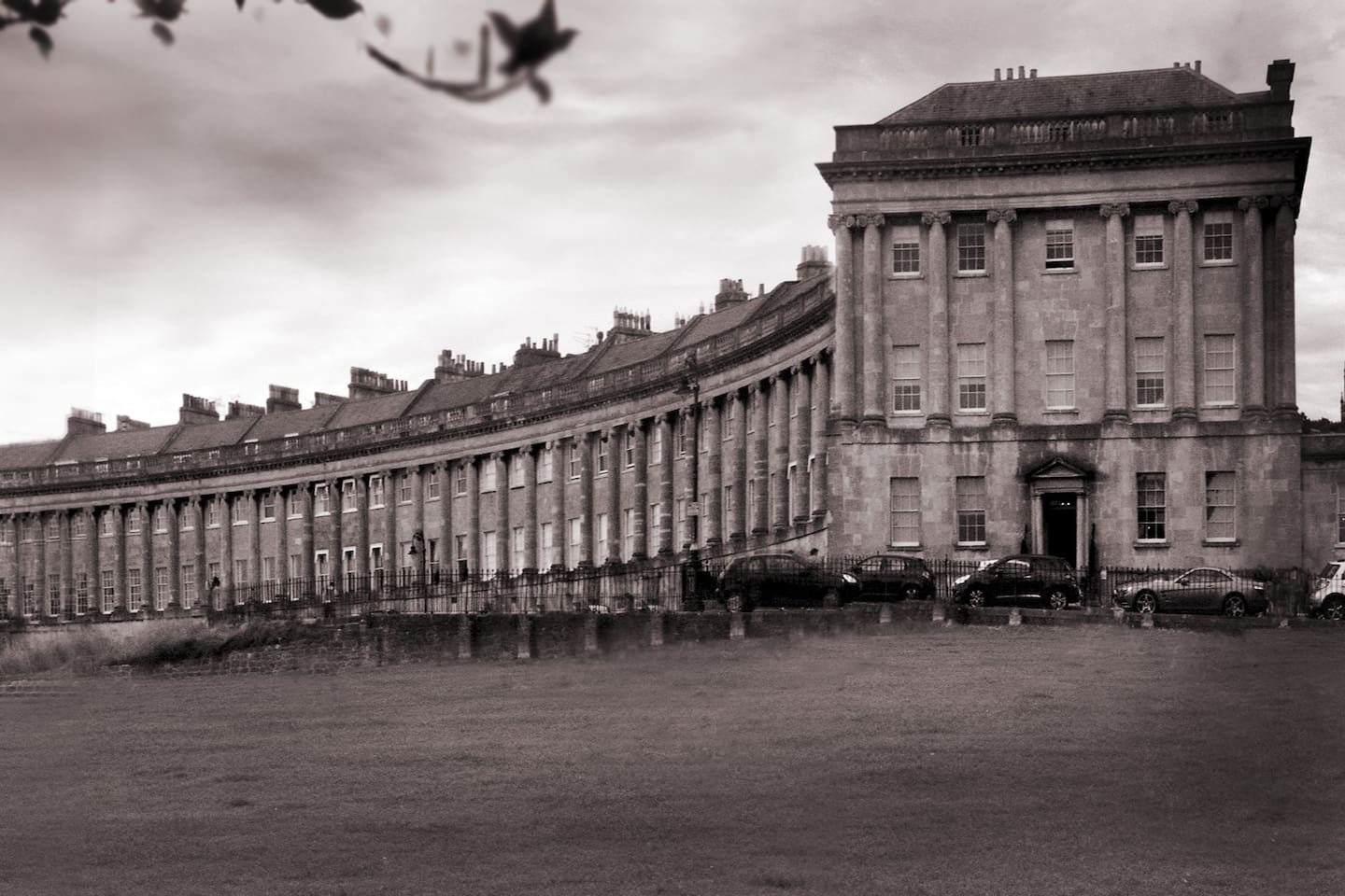 The Royal Crescent, one of Bath's historic viewpoints