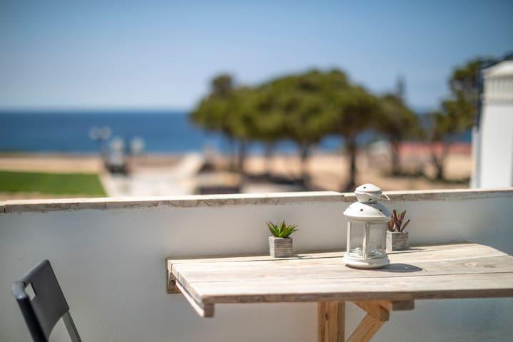 Apartment with Atlantic sea views
