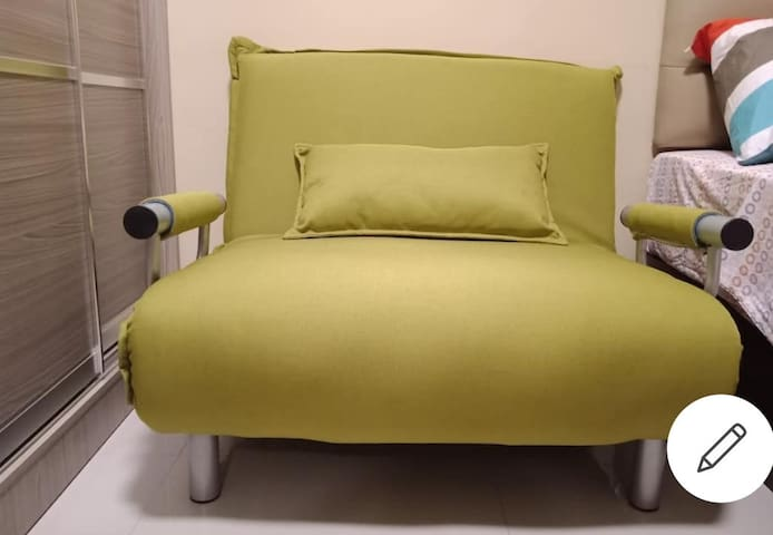 STYLISTIC couch sofa bed for 3rd guest comes with complete pillow and linen.