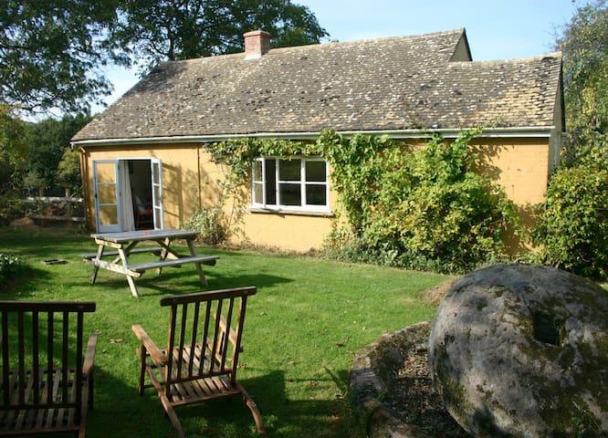 Orchard Cottage, Stanley Pontlarge