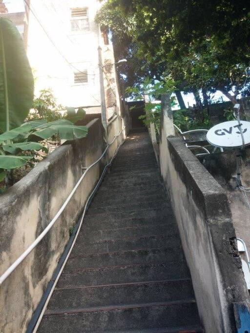 Escada com 97 degraus Staircase with 97 steps