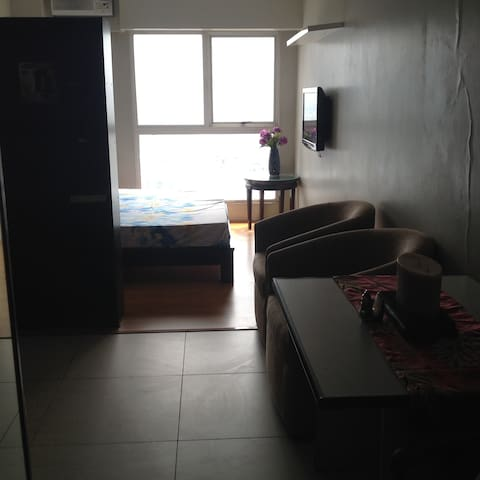 Fully furnished studio condo in Ortigas Center
