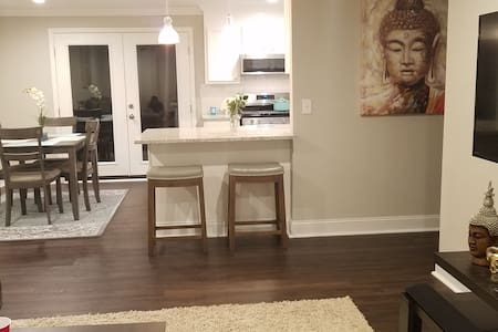 3BR | 4k TVs| Fast WiFi | Newly Updated Comfy Beds
