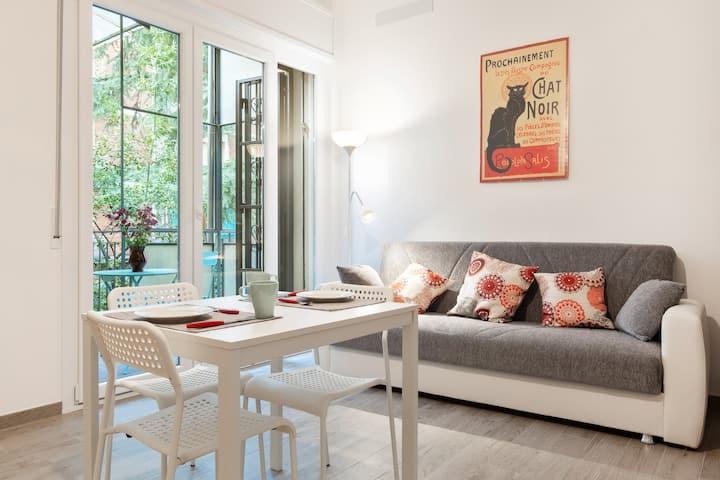 Studio with balcony near Giardini Margherita