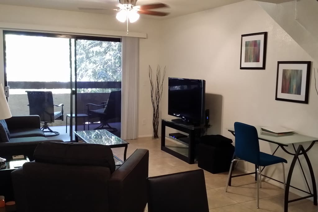 Balcony access in living room.  TV, Local Cable Channels and HBO, DVD player.  Desk space available for your laptop.