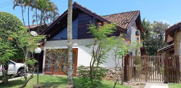 Linda Casa de Praia na Riviera de São Lourenço