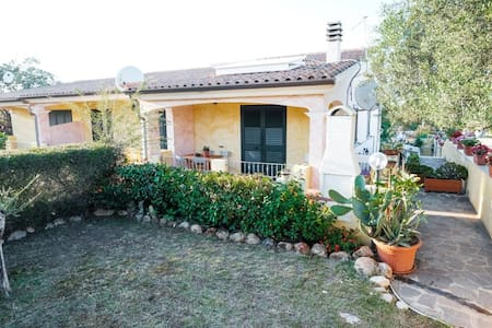 Sardinia Villa close to the Beach wifi INCLUDED