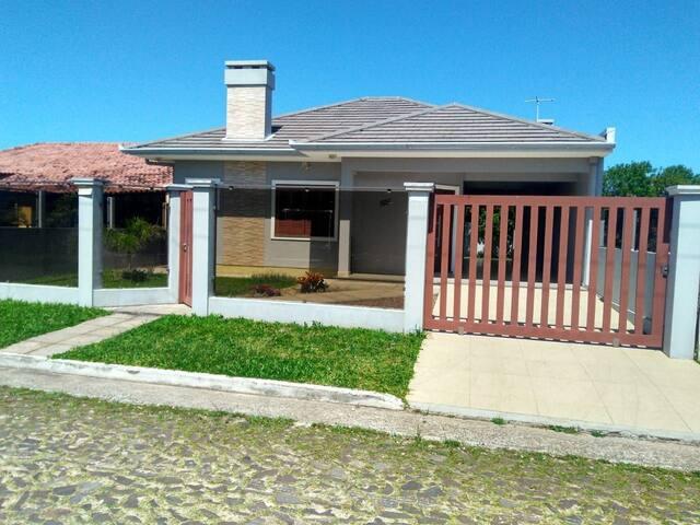 Ótima casa em Nova Tramandaí