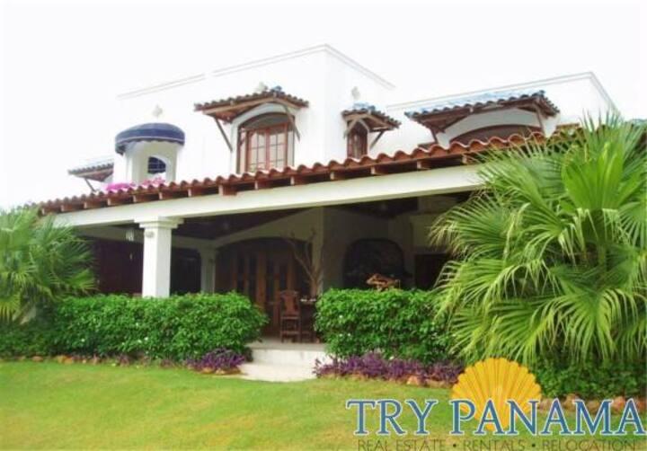 Elegant Playa Blanca 3 bed/4 bath Beach  House