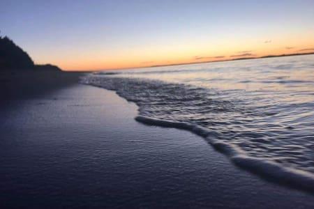 Sunset Retreat on Aotea Harbour Unit1 of 2