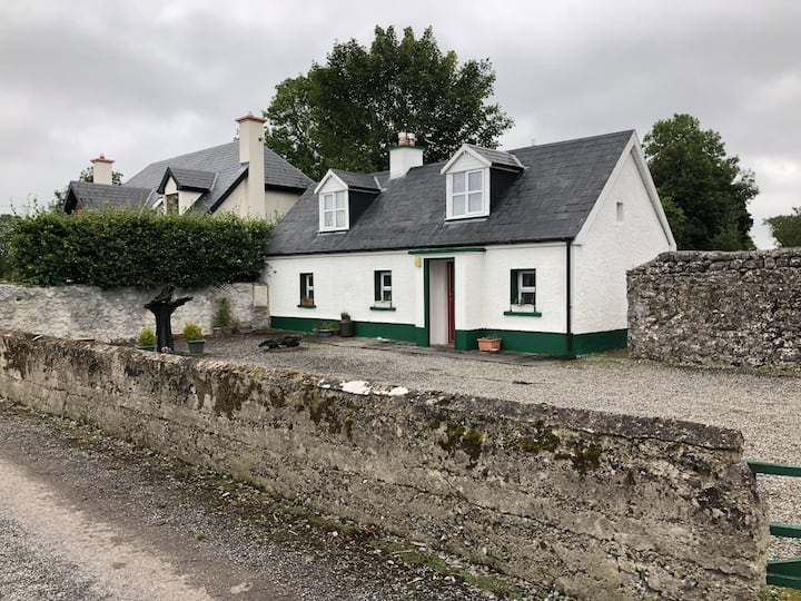 Romantic cottage in the heart of Ireland