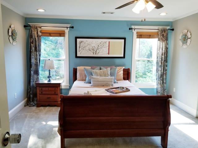 Guest Suite + Loft close to Atl airport  & City