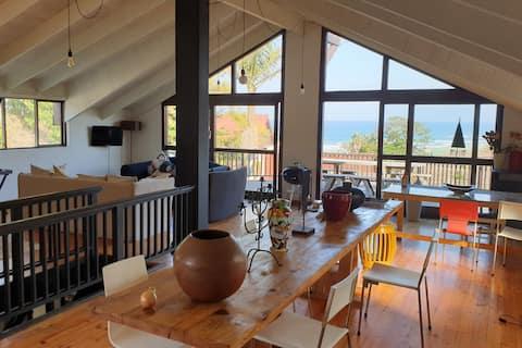 時尚的Cintsa Beach House Loft