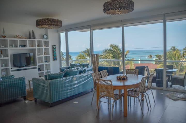 Apartamento VIP con vista al mar!!