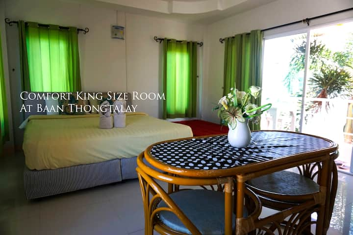 King size room for rent on Larn Island