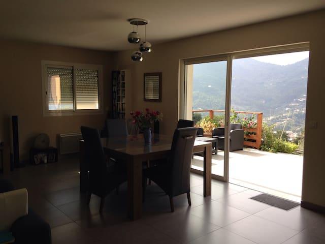 Villa au calme et proche de Nice - Contes