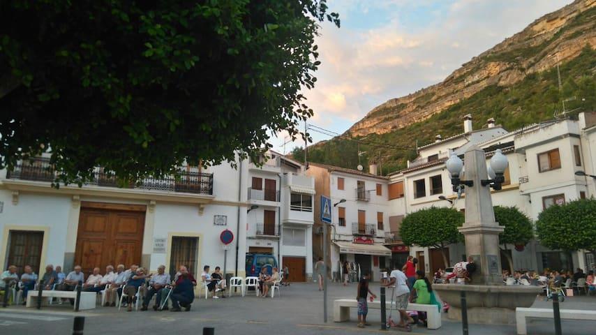 Casa Marco en Chulilla (8 personas)