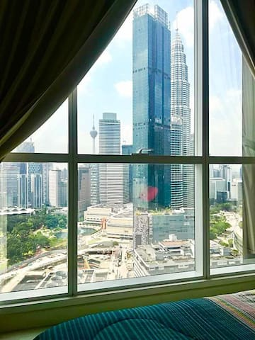 2 Bedroom 5mins walk to Twin Tower KLCC & Subway 1