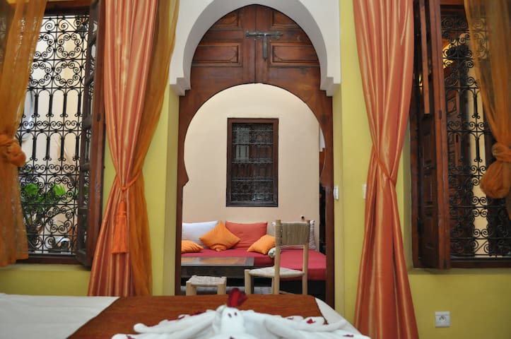 Cozy room in the heart of ancient medina (Riad)