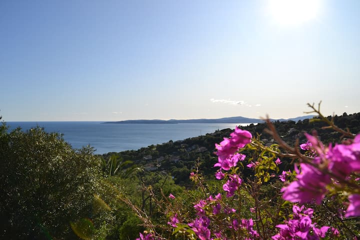 Villa avec piscine vue sur Golfe de Saint Tropez